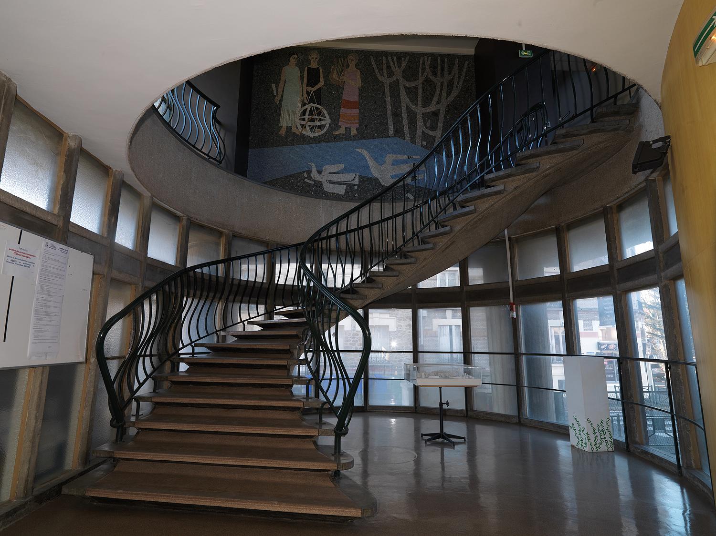 Escalier lycée Schweitzer au Raincy